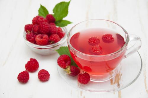 Можно ли давать детям при повышенной температуре тела малиновый чай или малиновое варенье, малиновое варенье при температуре у ребенка.